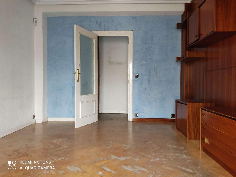 Piso 3 Dormitorios en Usera